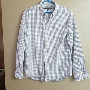 Old navy blue plaid mens button down shirt.